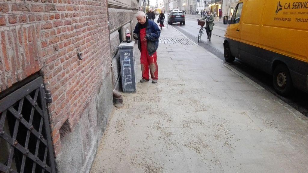 Belægning retableret efter kloakgravning